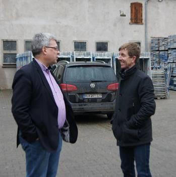 Oberbürgermeister, Bernward Küper, und Dipl.-Ing. Ingolf Schütze im Gespräch ©Stadtverwaltung Naumburg (Saale)